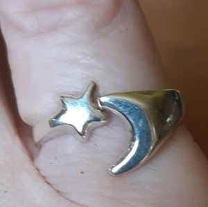Solid Vintage Sterling Silver Star Moon Ring